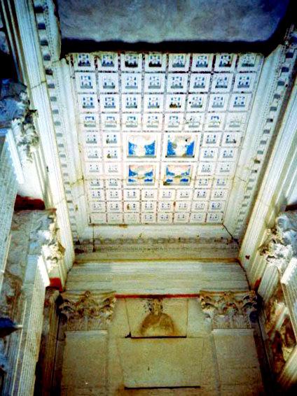 オリーブ石鹸 シリア ヨルダン 古代オリエント博物館 パルミラ遺跡の墳墓の谷フレスコ画@Palmyra