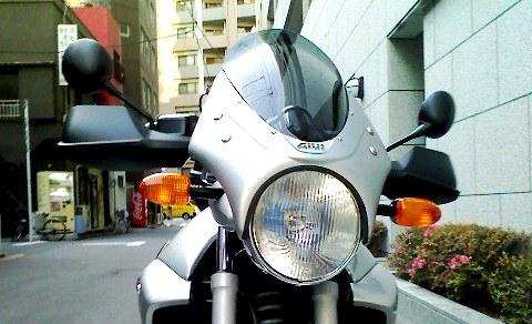 BMW R1150R を美顔へ / ツーリング時の防風対策