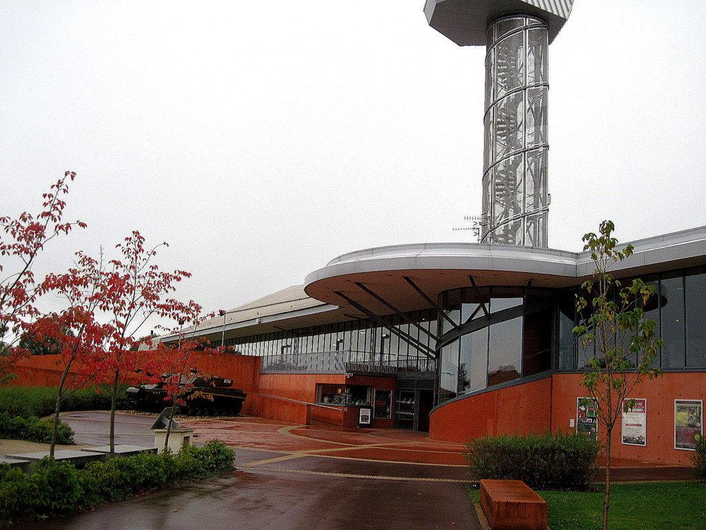 海外ツーリング イギリス ボービントン戦車博物館 ストーンヘンジ ボービントン戦車博物館入り口@Bovington Tank Museum