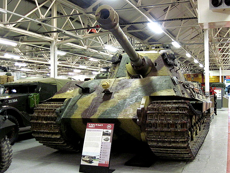 海外ツーリング イギリス ボービントン戦車博物館 ストーンヘンジ ティーガーII(Tiger II) @Bovington Tank Museum