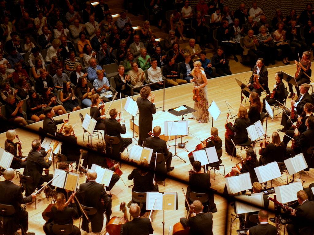 エルプフィルで聴いたコンサート ロビン・ティッチアッティ指揮 ベルリンドイツ響