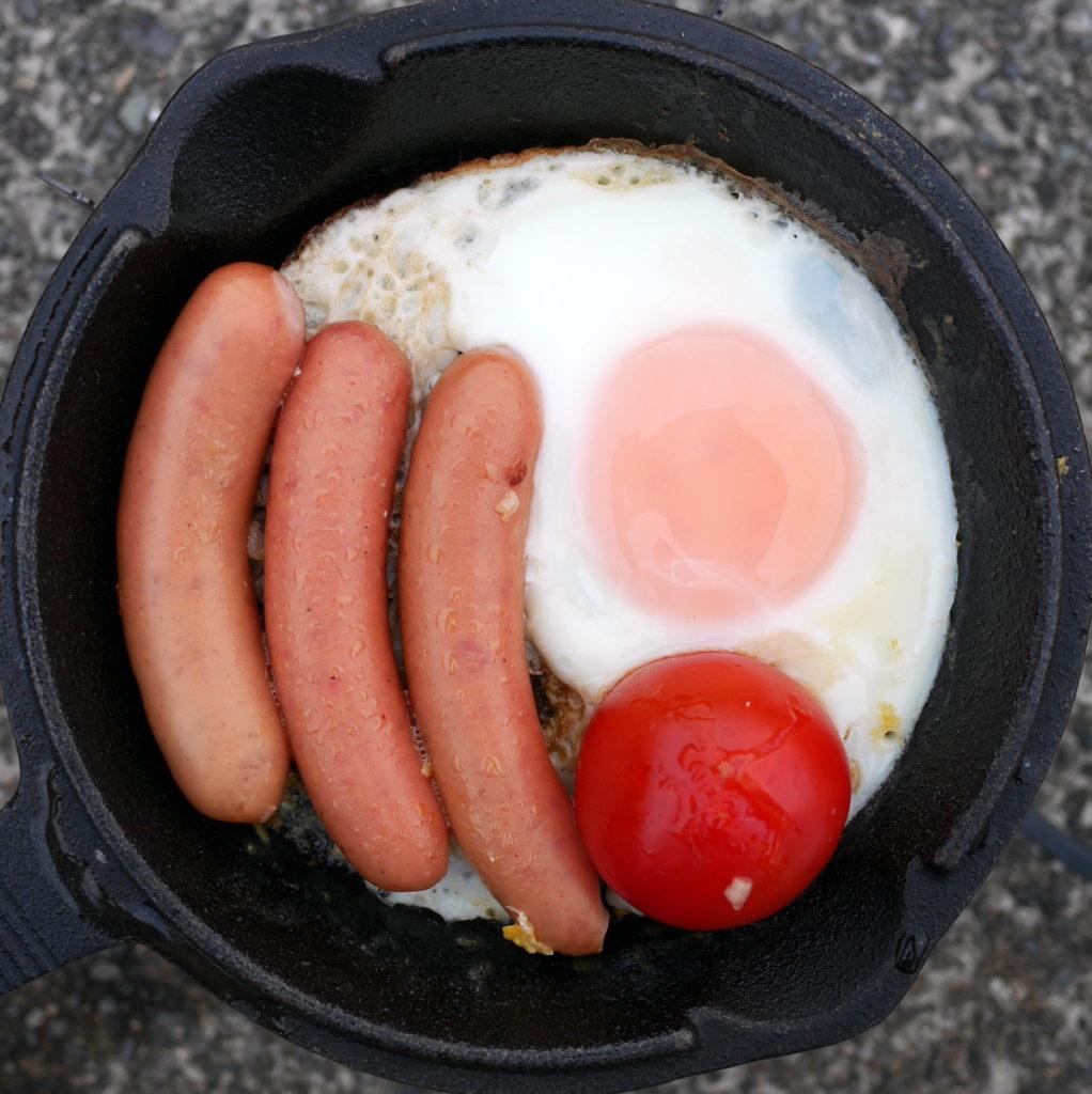 キャンプでも大活躍の小型スキレット キャンプでの朝ご飯 @伊豆半島 松崎