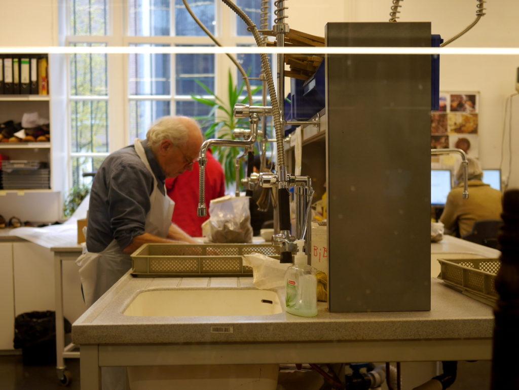 オランダ デンボス スヘルトゲンボス 訪問記 中中世の主婦の暮らしぶり 中世の資料館  修理工房@Groot Tuighuis