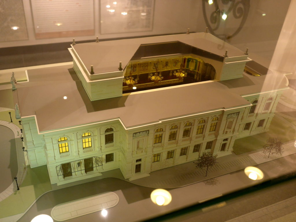 ヴィンヤード型コンサートホール ライプツィヒ・ゲヴァントハウス 2代目ゲヴァントハウス(1884年)@Leipzig