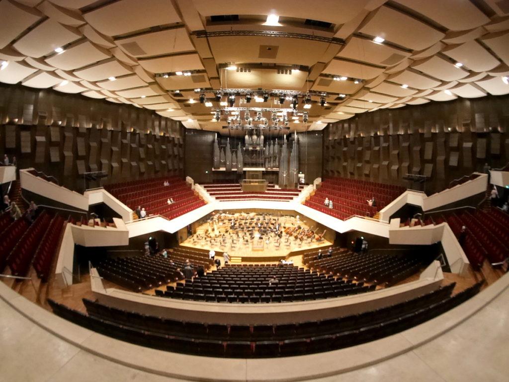 ヴィンヤード型コンサートホール ライプツィヒ・ゲヴァントハウス  ホール内を俯瞰 @Gewandhaus zu Leipzig
