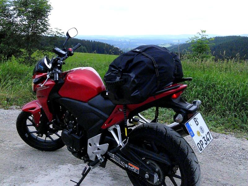 海外ツーリング ドイツ 旧東ドイツ オートバイレンタル テューリンゲンの森   高台でひと休み@Thüringer Wald