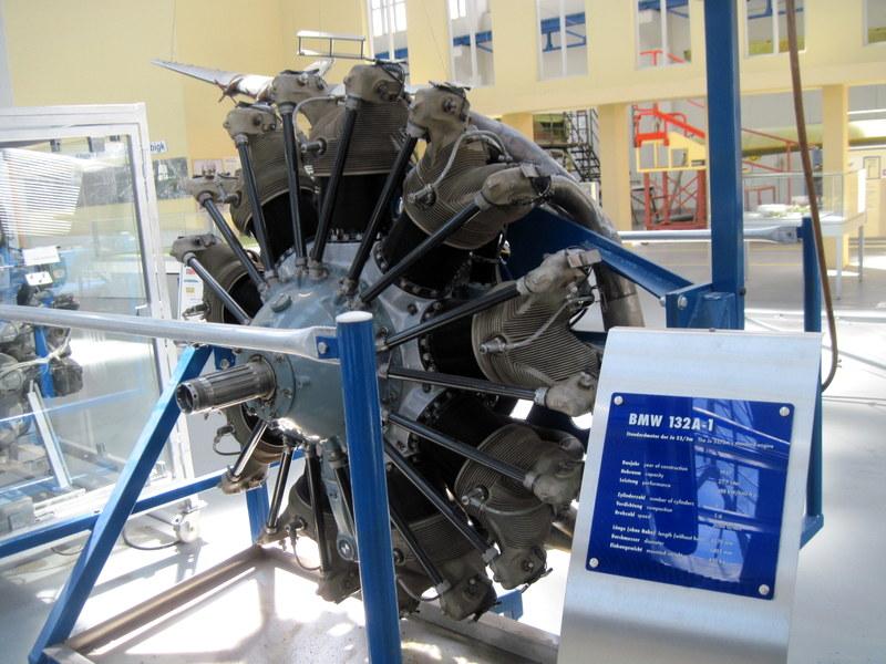 海外ツーリング ドイツ 旧東ドイツ オートバイレンタル デッサウ バウハウス デッサウ校 ユンカース技術博物館  Ju 52搭載BMW-132-Aエンジン@Technikmuseum Hugo Junkers