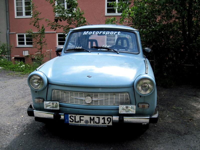 海外ツーリング ドイツ 旧東ドイツ オートバイレンタル デッサウ ベルリン  旧東ドイツ時代の名車トラバント@Probstzella