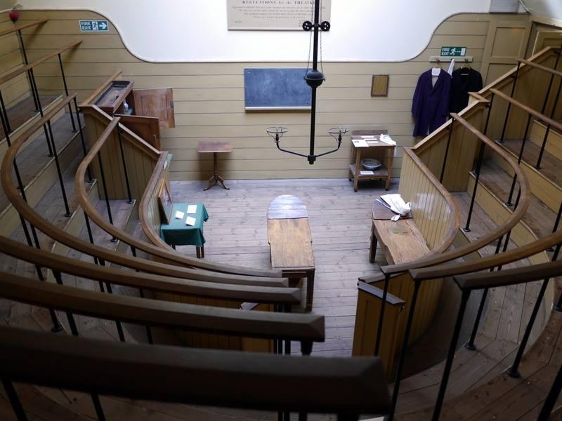 BBCプロムス最終夜 英国万歳 諷刺画で読む十八世紀イギリス ホガースとその時代  セント・トーマス病院の手術室 @The Old Operation Theatre Museum