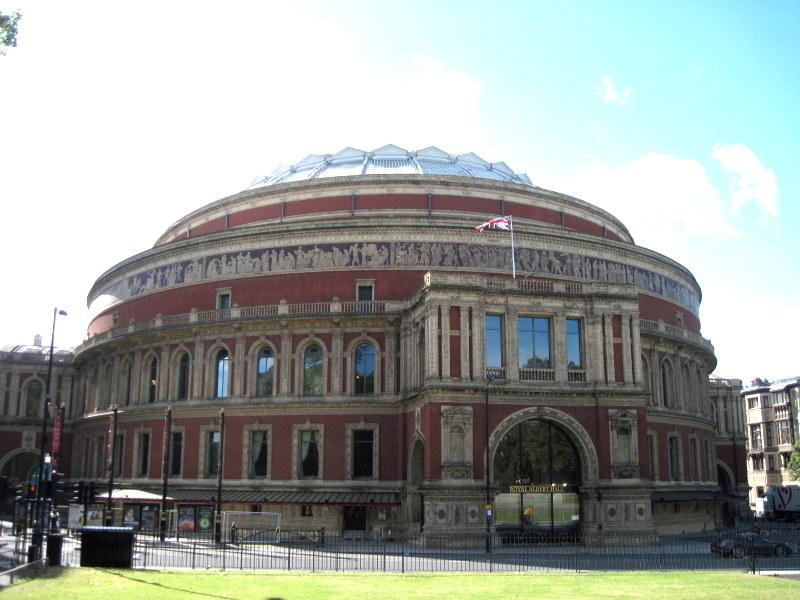 BBCプロムス最終夜とロイヤル・アルバート・ホール ロイヤル・アルバート・ホール 全景@London