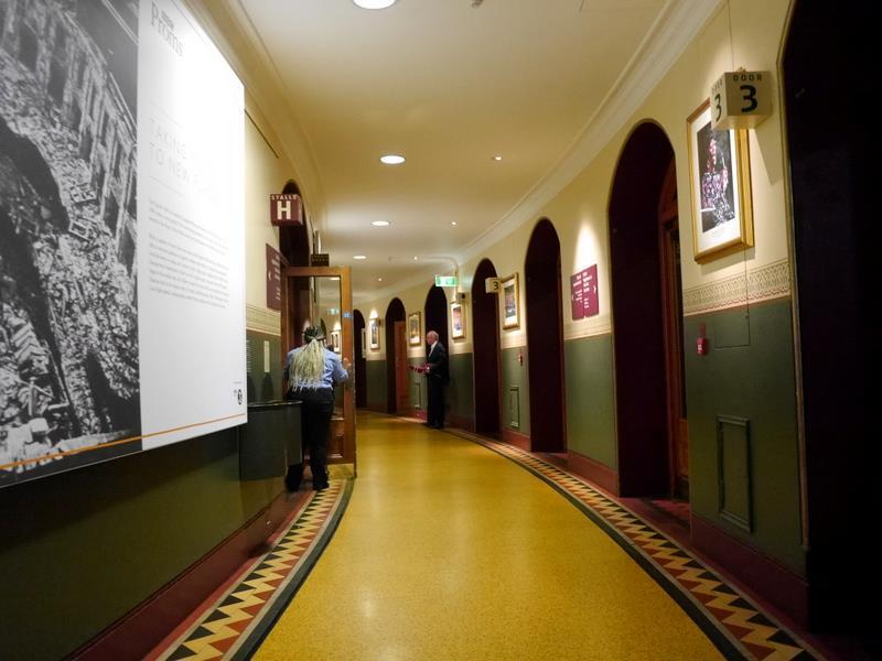 BBCプロムス最終夜とロイヤル・アルバート・ホール 円形ホールにつきアーチを描く回廊@Royal Albert Hall