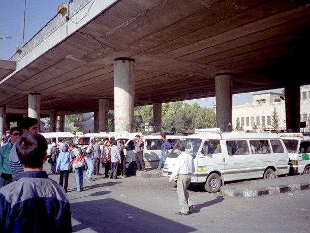 旅の思い出に ガーミン(GAMIN)の携帯GPS eTrex 小型乗合バス(セルビス)@ Damascus