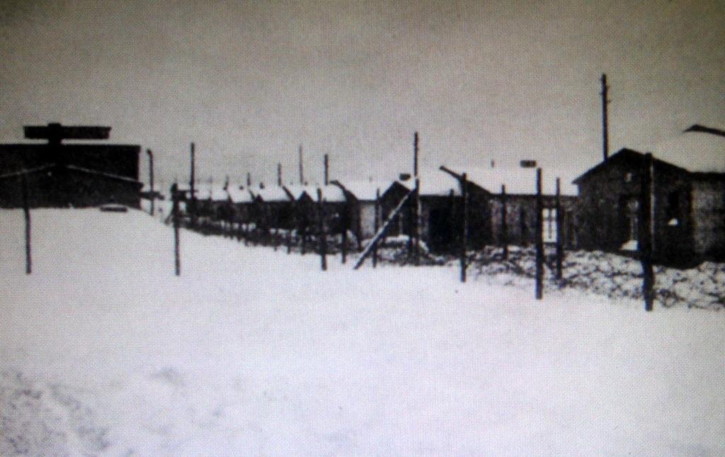 メシアン 世の終わりのための四重奏曲 ゲルリッツの捕虜収容所 時の終わりへ メシアンカルテットの物語 当時の捕虜収容所 Stalag VIII-A の写真@ゲルリッツ歴史博物館
