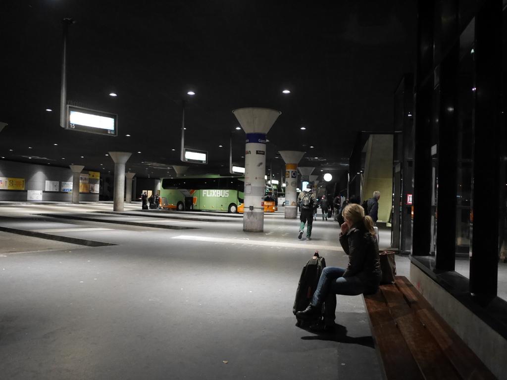 プルゼニ プルゼニュ ピルゼン チェコ ボヘミア 地下道博物館 朝のバスターミナル@ZOB Munich