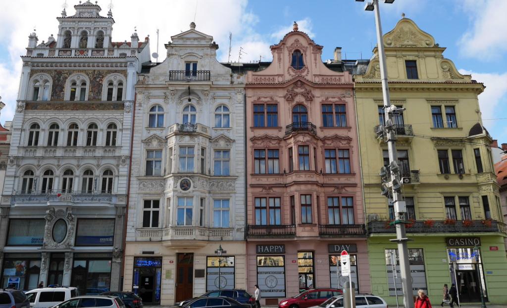 プルゼニ、プルゼニュ、ピルゼン(Plzeň Pilsen) 観光ガイド / 博物館に散策にビールを楽しむ