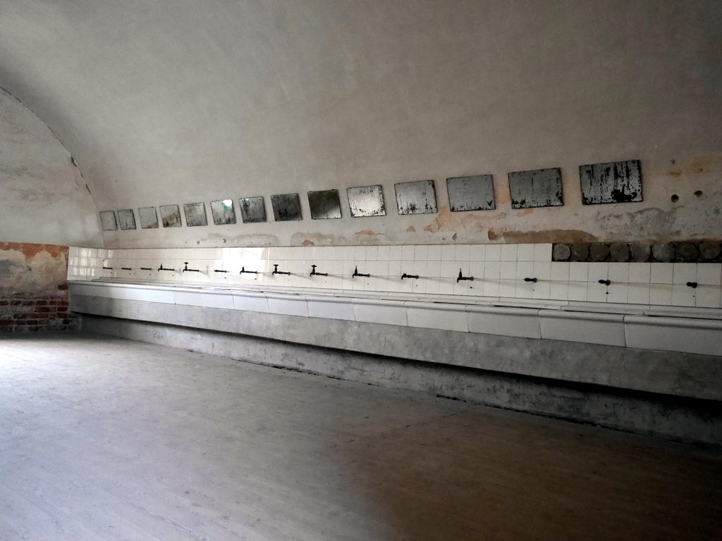 プラハ近郊 テレジーン テレジン テレージエンシュタット 小要塞  見せかけの洗面所 @Malá pevnost Terezín