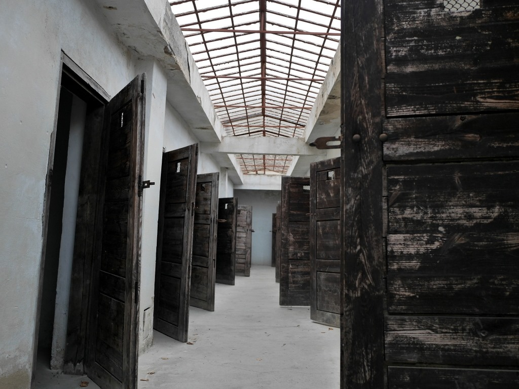 プラハ近郊 テレジーン テレジン テレージエンシュタット 小要塞  中庭に面した独房 @Malá pevnost Terezín