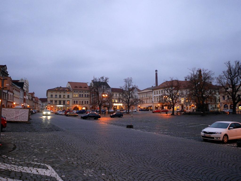 プラハ近郊 チェコ リトムニェジツェ リトミエルジツェ リトミエルジツェ郷土博物館 街の中心には大きな広場 @Mírové náměstí