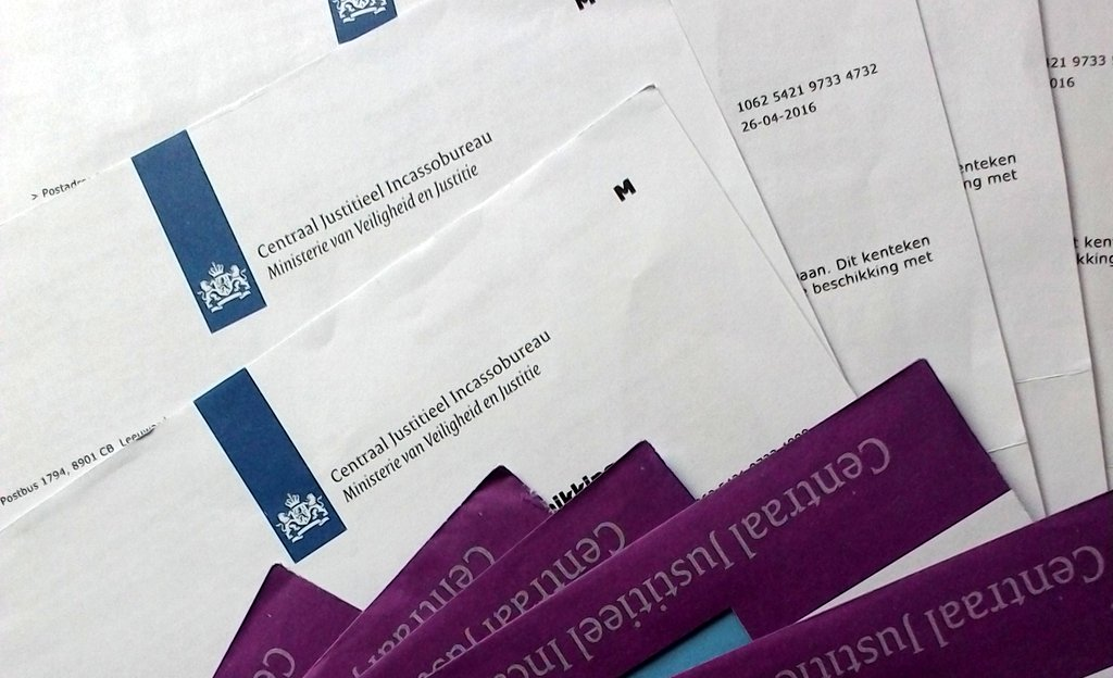 海外での交通違反 無視はできない違反金、罰金の対処法 / オランダ、チェコから不幸の手紙きたる