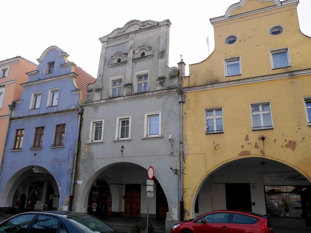 下シレジア地方 ポーランド  ヤボル  平和教会 広場に面した建物 @Jawor