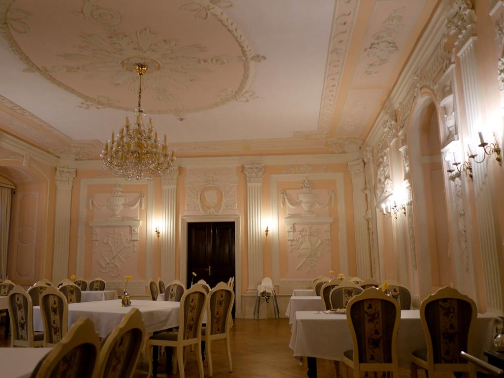 下シレジア地方 ポーランド   クリチュクフ城 朝食のお部屋 @Zamek Kliczków