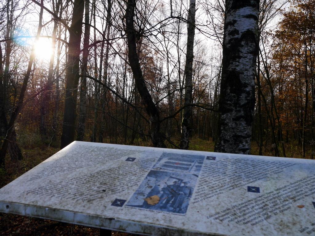 ゲルリッツ ズゴジェレツ ポーランド 捕虜収容所 Stalag VIII-A ポーランド第2軍 墓地 Stalag VIII-A 収容所跡地 @Zgorzelec