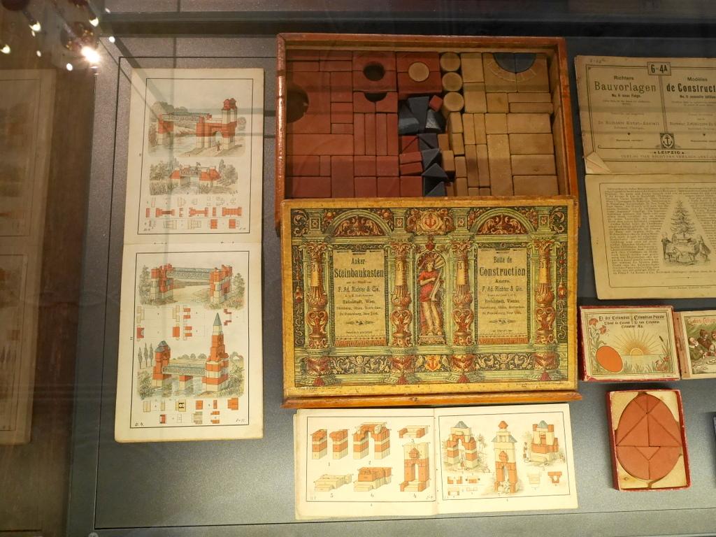 ゲルリッツ 博物館 ゲルリッツ歴史博物館  オーバーラウジッツ学術図書館 幾種類か展示されている積み木 @Barockhaus Neißstraße 30