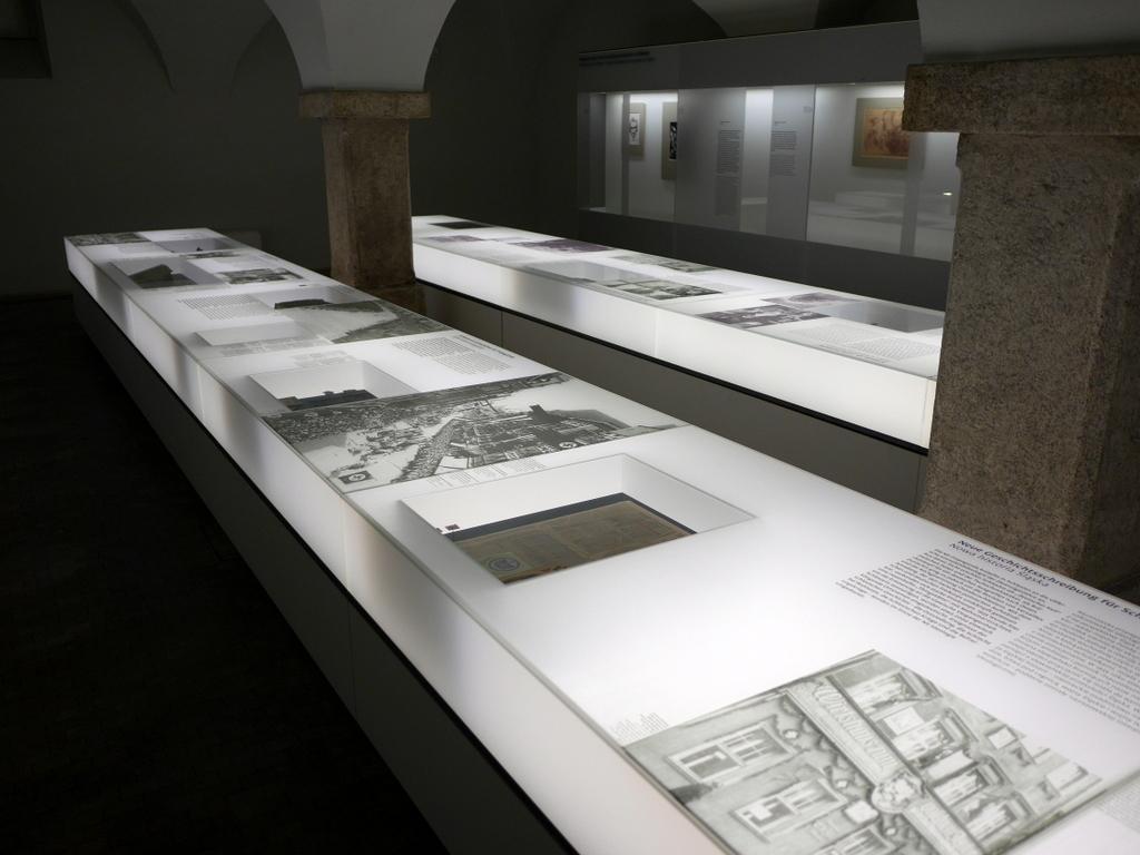 ゲルリッツ 博物館 シレジア博物館 ドイツの近現代のパネルブース @Schlesisches Museum zu Görlitz