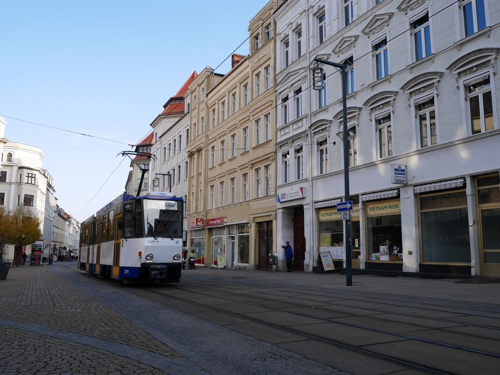 ゲルリッツ ドイツ ゲルリッツ駅 ザンクト ペテルス教会 ベルリナー通り(Berliner Str)@Görlitz