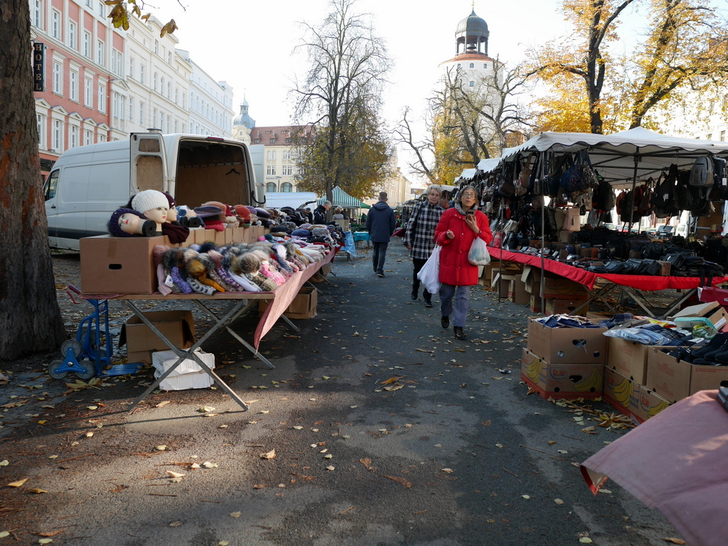 ゲルリッツ ドイツ ゲルリッツ駅 ザンクト ペテルス教会 ゲルリッツの屋外市場 @Elisabethstraße