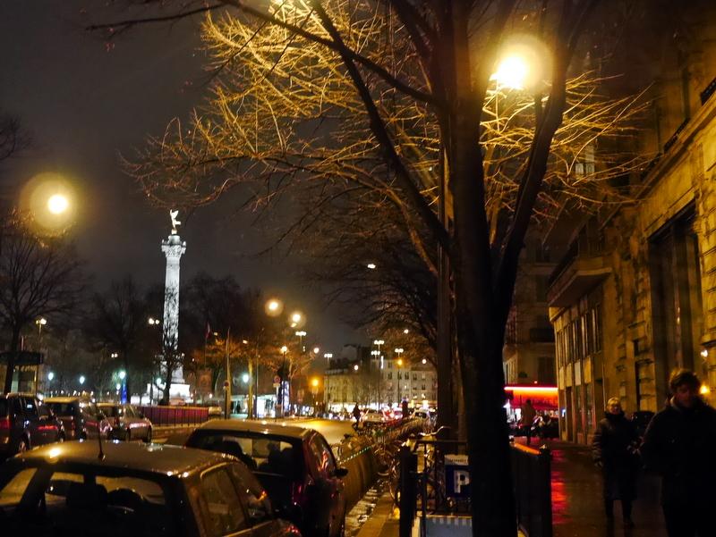 海外アパートメント泊  海外でアパートを借りる方法 オペラハウスからの帰り道 @Paris