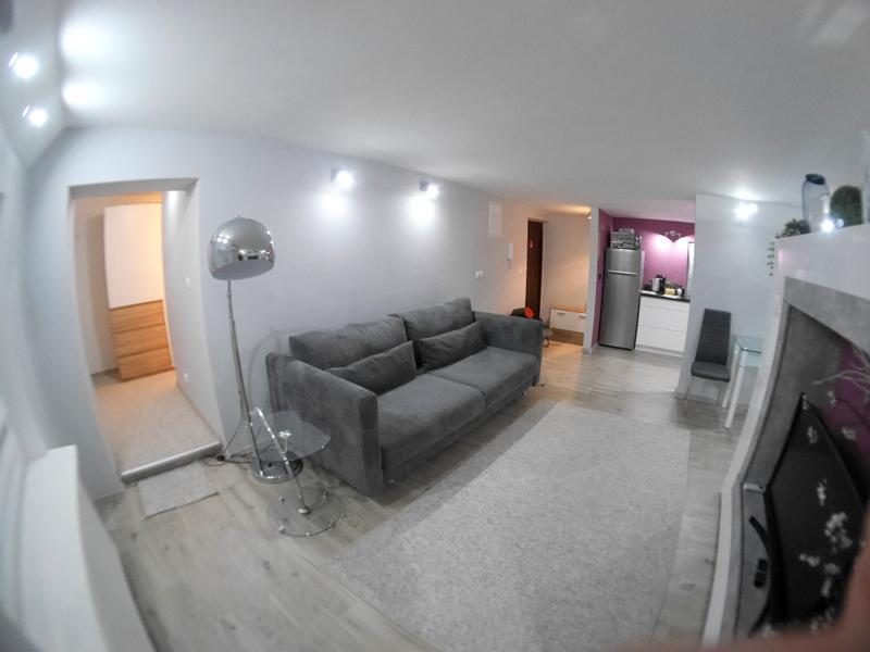 海外アパートメント泊  海外でアパートを借りる方法 ジャグジーやウォークインクローゼットまであったアパート@Warsaw