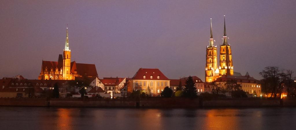 ヴロツワフ(Wroclaw) 観光ガイド / 小人だけではない、散策楽しいナドドジェ地区など美しきシレジアの街