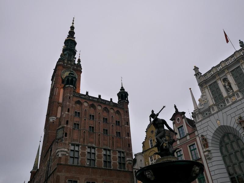 グダニスク グダンスク ダンツィヒ 博物館 港町 ポーランド 海事博物館 海洋博物館  グダニスク歴史博物館 ネプチューンの噴水とグダニスク歴史博物館 @Muzeum Gdańska