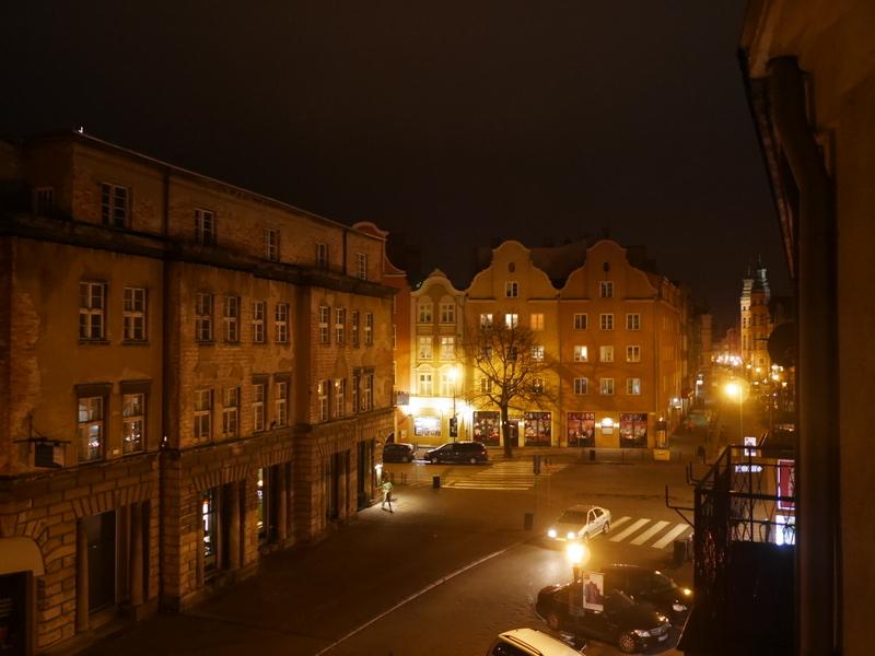 グダニスク グダンスク ダンツィヒ ポーランド  アパート リビングからの夜景 @Bajkowy Gdańsk