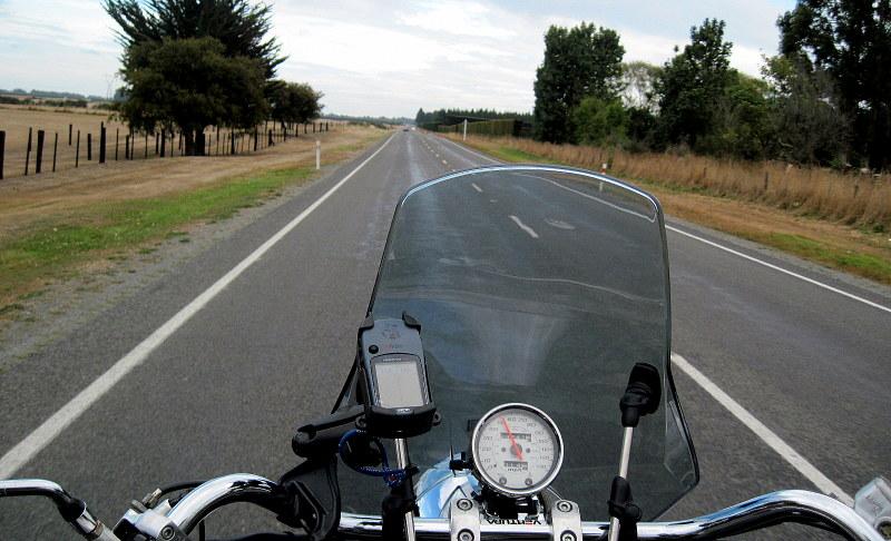 海外ツーリング-ニュージーランド編 1 / クライストチャーチでオートバイを借りる + テカポ湖へ