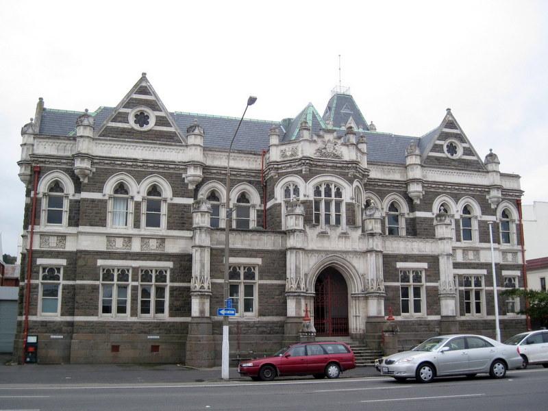海外ツーリング ニュージーランド ロード オブ ザ リング オートバイレンタル ダニーデン カトリンズ地方 裁判所 @Dunedin High And District Court