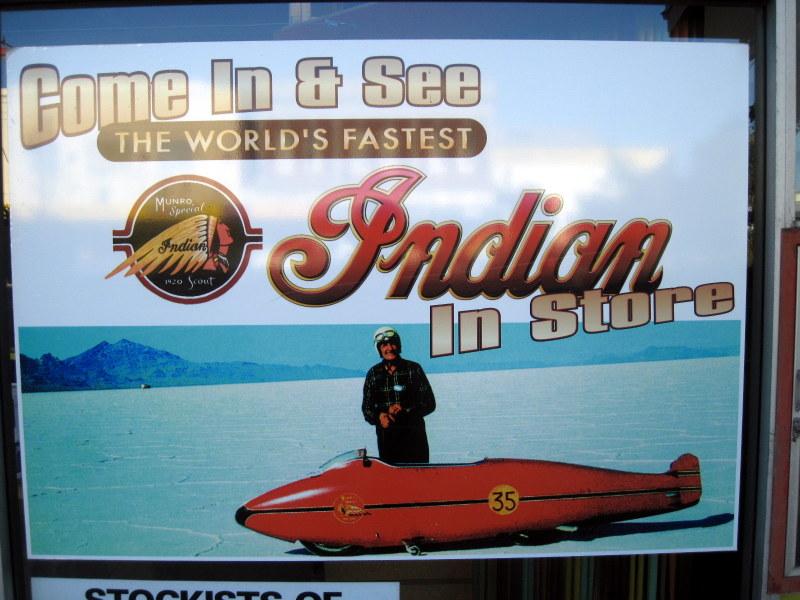 海外ツーリング ニュージーランド インバカーギル 世界最速のライダー バート マンロー 世界最速のインディアン バート・マンロー スピードの神に恋した男 ボンネビルの塩湖のバート・マンロー @E. Hayes & Sons Ltd