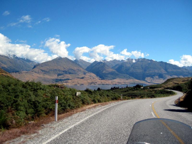 海外ツーリング ニュージーランド ロード オブ ザ リング オートバイレンタル ワナカ ワナカ湖 ハウィーア湖 サザンアルプス山脈 ワナカ湖 @Lake Wanaka