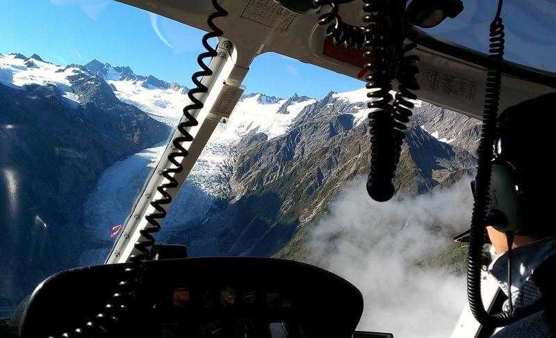 海外ツーリング ニュージーランド ロード オブ ザ リング オートバイレンタル マウント クック 最高峰 アオラキ フォックス氷河 ヘリコプターツアー フォックス・グレイシャー