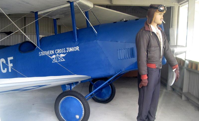 海外ツーリング-ニュージーランド編 5 / タスマン海を単独飛行したガイ・メンジーズ、ホキティカ、グレイマウスへ