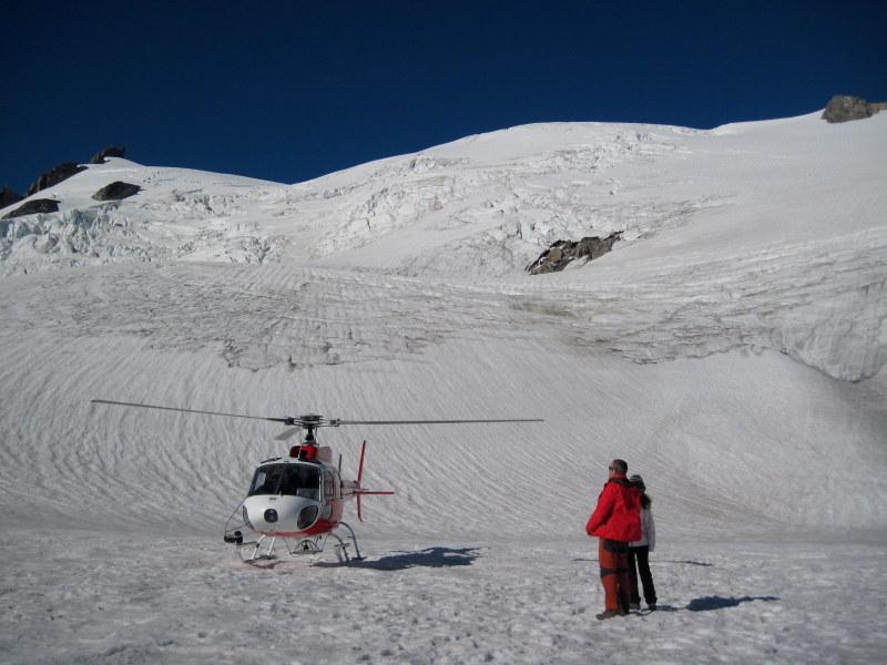 海外ツーリング ニュージーランド オートバイレンタル マウント クック 最高峰 アオラキ フォックス氷河 ヘリコプターツアー フォックス・グレイシャー  氷河に着陸 @Fox Glacier