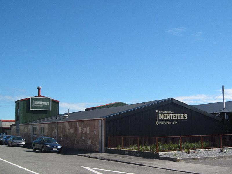 海外ツーリング ニュージーランド ロード オブ ザ リング オートバイレンタル グレイマウス 地ビール Monteith's  モンティースの醸造所 @Greymouth