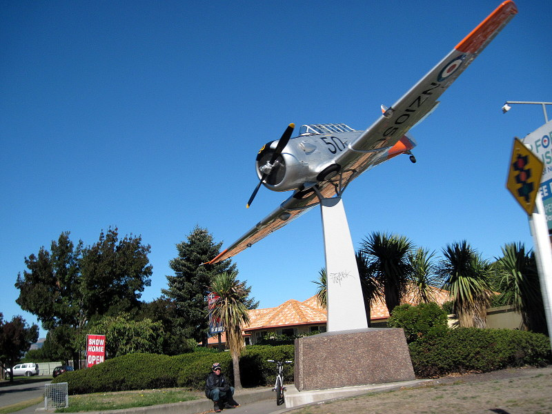 海外ツーリング ニュージーランド ロード オブ ザ リング オートバイレンタル クライストチャーチ ニュージーランド空軍博物館  ノースアメリカン T-6 @Air Force Museum of New Zealand