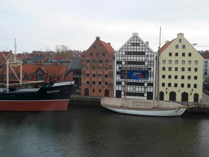 グダニスク グダンスク ダンツィヒ 博物館 港町 ポーランド 海事博物館 海洋博物館 穀物倉庫 ポーランド海洋博物館- 穀物倉庫外観 @Gdańsk