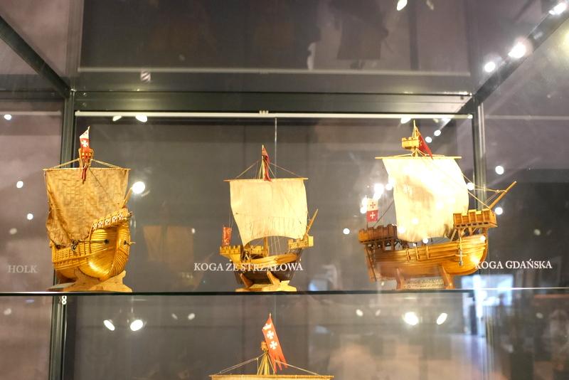 グダニスク グダンスク ダンツィヒ ポーランド グディニャ グディニャ博物館 グディニャ海軍博物館 駆逐艦ブリスカヴィカ グディニャ水族館 コグ~ホークの模型 @Muzeum Marynarki Wojennej