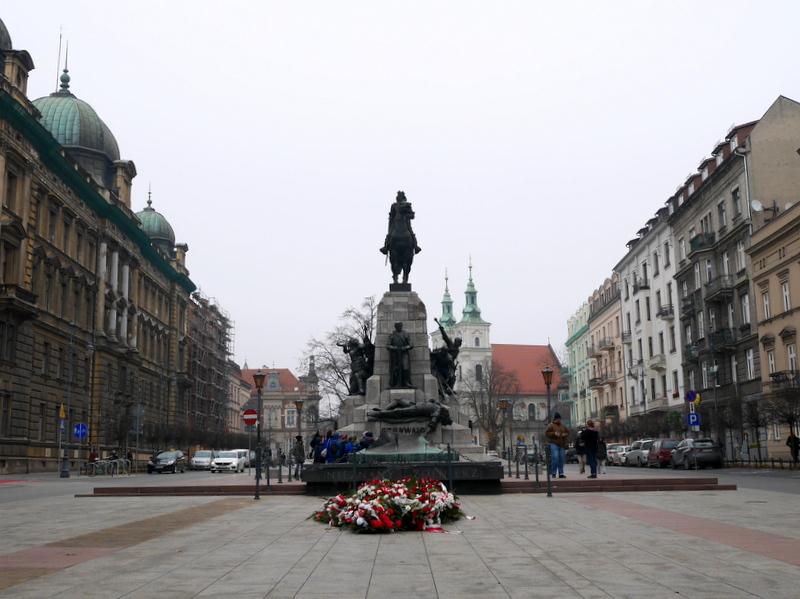 グダニスク ポーランド マルボルク城 タンネンベルクの戦い 北の十字軍 マリーエンブルク ドイツ騎士団   クラクフのグルンヴァルト(タンネンベルク)記念碑 @Kraków