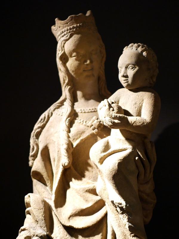 ヴロツワフ ブレスラウ  美術館 シロンスクの芸術都市 国立博物館  聖母子 1380年頃 @Muzeum Narodowe we Wrocławiu