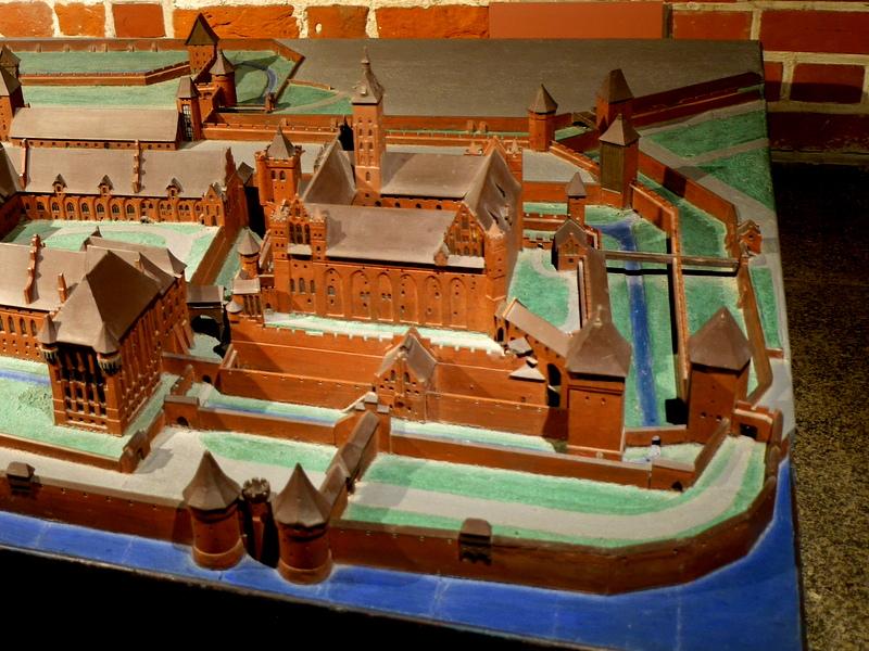 グダニスク ポーランド マルボルク城 タンネンベルクの戦い 北の十字軍 マリーエンブルク ドイツ騎士団   トイレ塔(Dansker)の位置(模型右下) @Zamek w Malborku