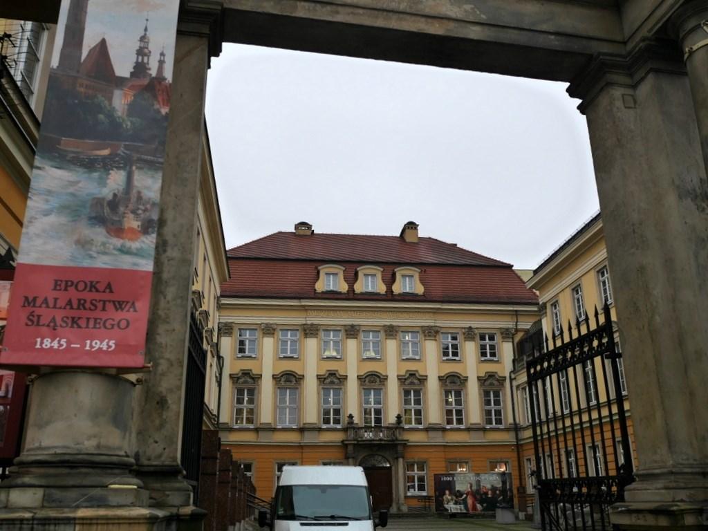 ヴロツワフ ブレスラウ 博物館  市歴史博物館 ヴロツワフ市歴史博物館外観 @Pałac Królewski we Wrocławiu
